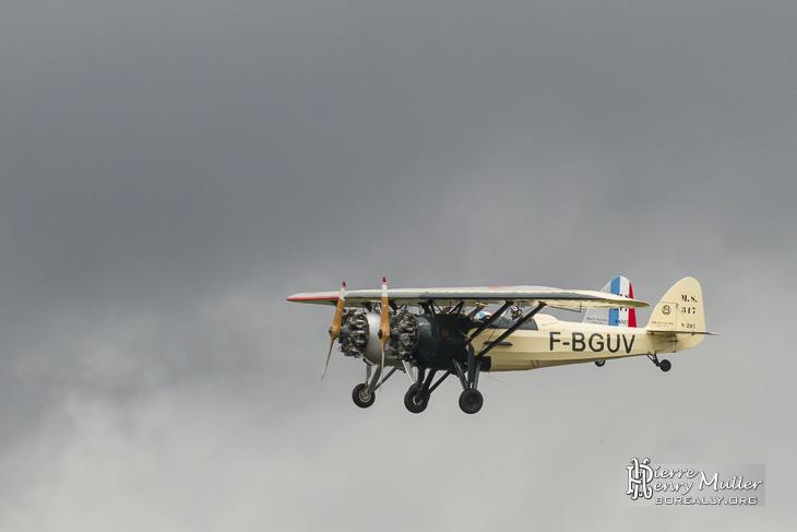 Deux Morane Saulnier bien aligné
