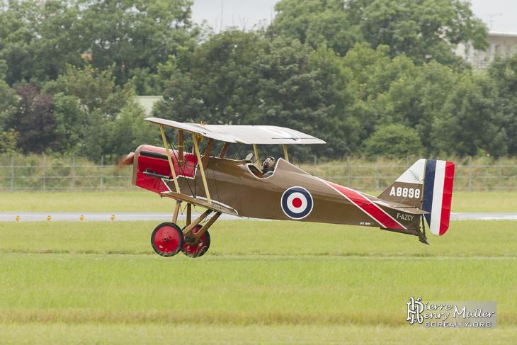 RAF SE5 à l'atterrissage au Bourget