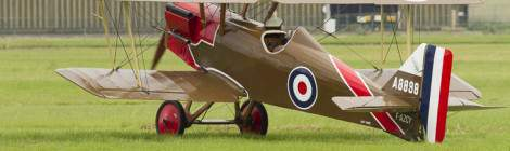 RAF SE5 au démarrage moteur au Bourget...