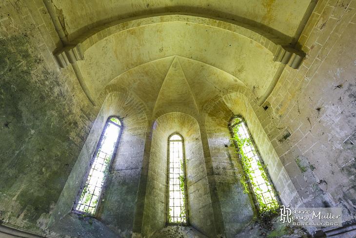 Abside de l'Abbaye des Moulineaux et ses fenêtres