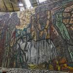 Fresque d'inspiration soviétique en mosaïque
