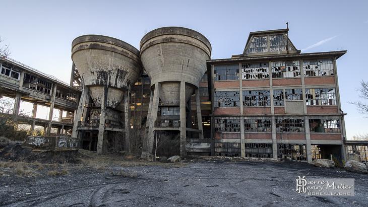 Lavoir à charbon de Blayes-les-Mines avant l'incendie