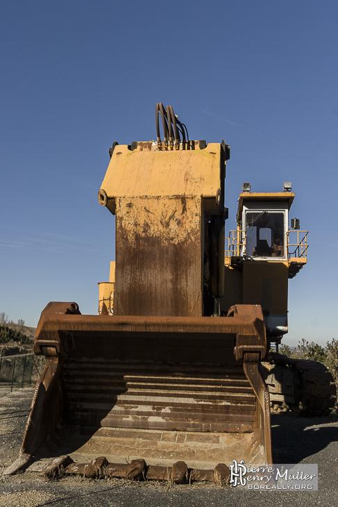 Pelle lourde hydraulique de mine pour le chargement des tombereaux géants
