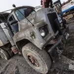 Camion MACK DM 600 Benne 6X4 à la casse de péniche