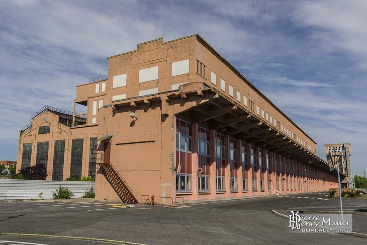 Extérieur des bâtiments de la centrale EDF Saint-Denis