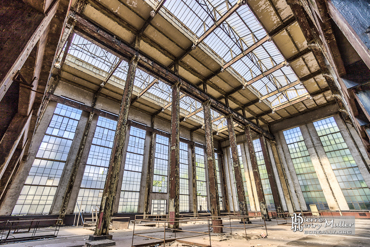http://www.boreally.org/photographies/friches/centrale-edf-st-denis-hall-chaudieres-hauteur-hdr.jpg