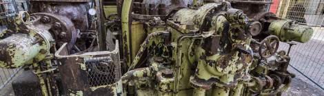 ...Les chaudières Alstom arrêtées depuis 1981 commence à accuser le temps de non entretient, la peinture s'écaille, la rouille apparait....