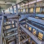 Structure des étages de la salle des machines de la centrale EDF Saint-Denis en TTHDR