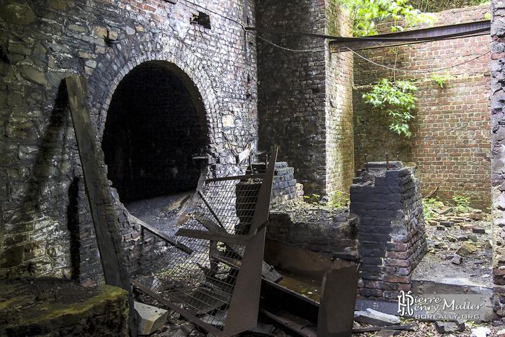 Entrée de la galerie de roulage horizontale vers le puits Belle Fleur