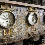 Rampe de recharge des lampes des mineurs de la mine de charbon