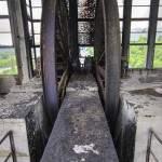 Symétrie des roues d'ascenseur au sommet du puits numéro 2
