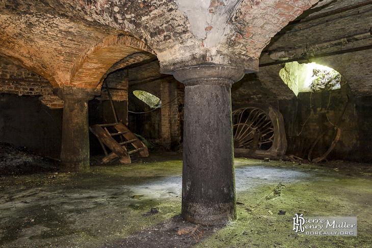 Sous sols du château abandonné Mesen à Lede