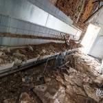 Mur effondré sur des lavabos collectifs au château Noisy Miranda