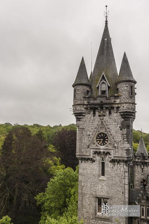 Tour centrale du Home de Noisy Miranda depuis les toits