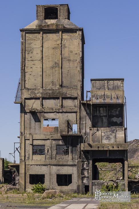 Bâtiment de stockage du charbon de la cokerie