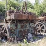 Moteurs industriels en attente de ferraillage