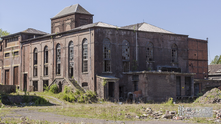 Ruines de bâtiments industriels de la cokerie Anderlues
