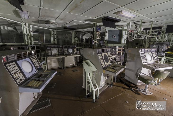 Central Opération du bateau Colbert