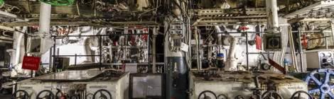 Compartiment moteur arrière du croiseur Colbert.