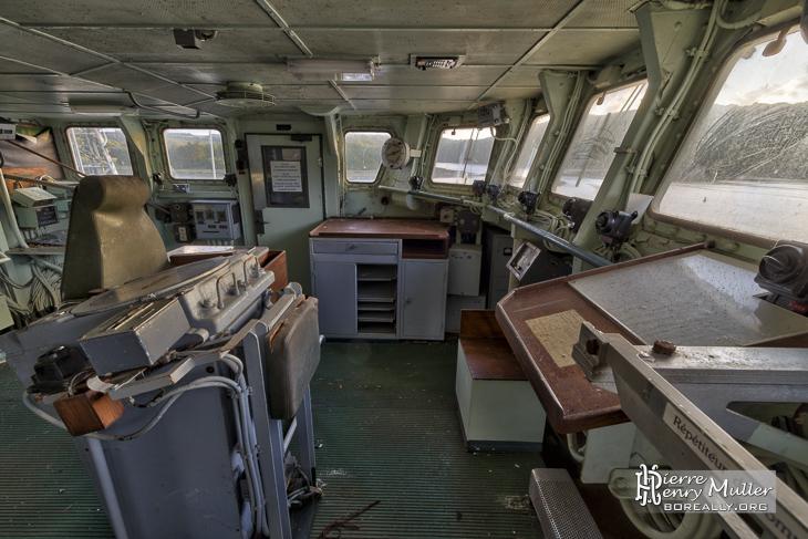 Passerelle de commandement du Croiseur Colbert
