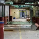 Allée de l'usine abandonnée Badin Sartel