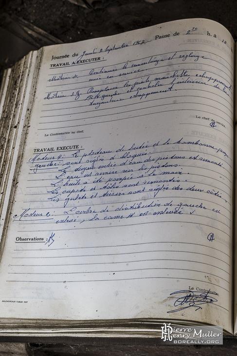 Cahier d'ordres de mission datant de 1962