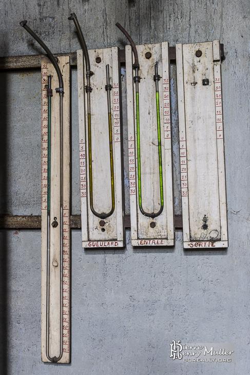 Siphon transparent de mesure de niveaux