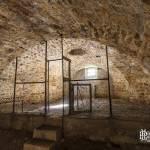 Intérieur de casemate transformé en poulailler au Fort du Haut Buc