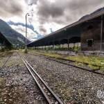 Quais voyageurs abandonnés et ligne à double largeur de voie pour les trains en HDR