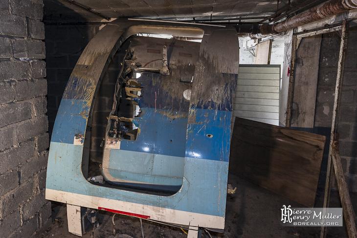 Porte et carlingue de l'avion d'entraînement du GIGN