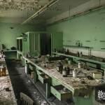 Laboratoire des chimistes de l'usine SAFEA pour la constitution d'engrais azotés