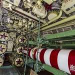 Etagères de stockage de torpilles à l'arrière des tubes avant