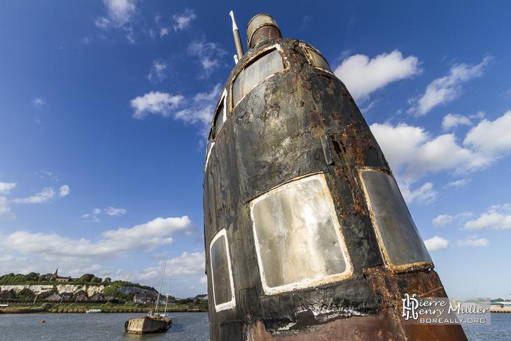 Massif du sous-marin russe Black Widow dans le Kent