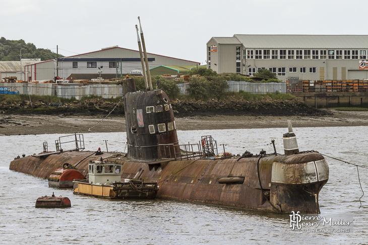 Sous marin U-475 Black Widow