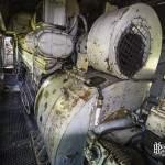 Compartiment bloc moteur d'une locomotive série 62
