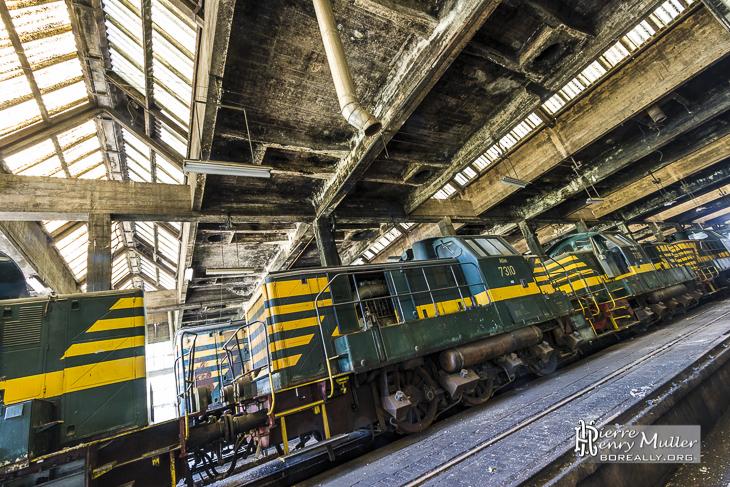 Locomotives série 73 attelées