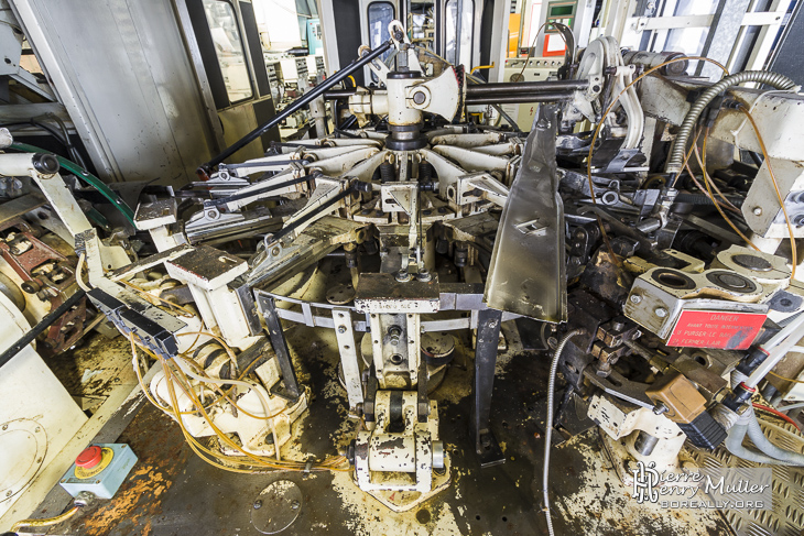 Machine de production de biscuist LU