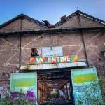 Entrée de l'usine Valentine à Houilles en TTHDR