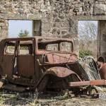 Epave de voiture de la seconde guerre mondiale
