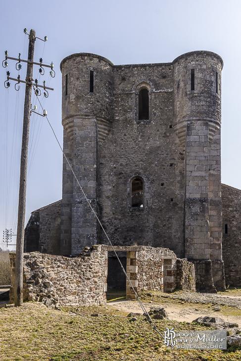 Façade de l'Eglise d'Oradour sur Glane