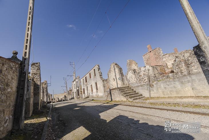 Rue principale du village martyr d'Oradour sur Glane