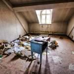 Bureau sous les toits en HDR à l'hôpital Richaud