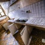 Laboratoire à l'hôpital abandonné Richaud à Versailles