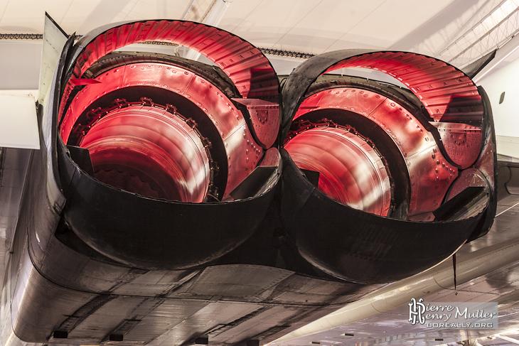 Double tuyères des moteurs Olympus 593 du Concorde Sierra Delta