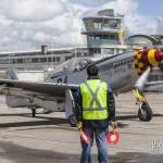 Mustang P-51D Nooky Booky IV arrivant à l'aéroport du Bourget