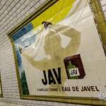 Publicité Jav eau de javel en faience dans le métro parisien