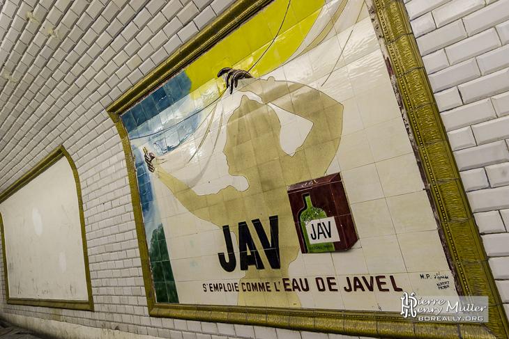 Publicit jav eau de javel en faience dans le m tro - Faience metro parisien ...