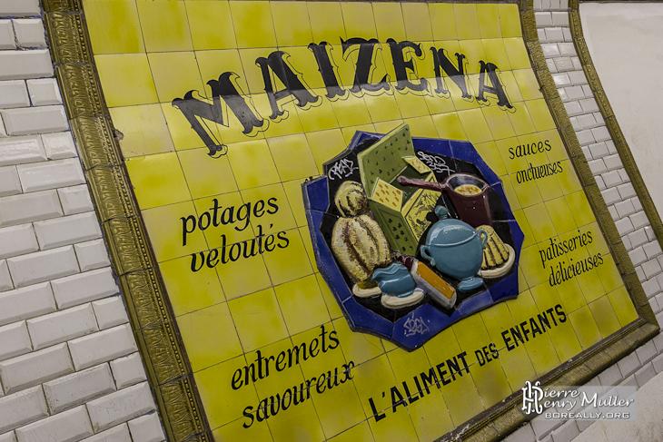 Publicité du métro en faïence pour Maizena à la station fantôme Saint Martin