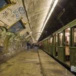 Station métro fantôme Croix Rouge avec la Sprague Thomson