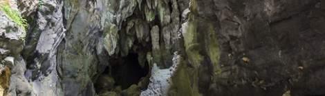 Intérieur de la grotte au bout des Gorges de Kakuetta en HDR.